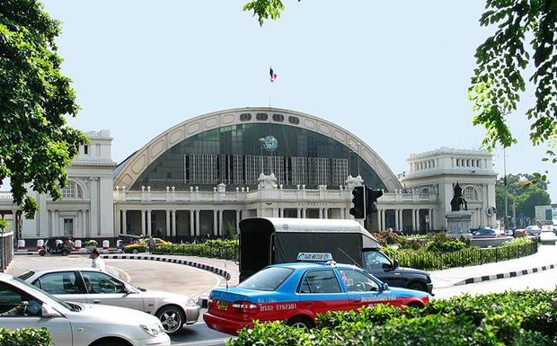 Bangkok's Hauptbahnhof Hualamphong.