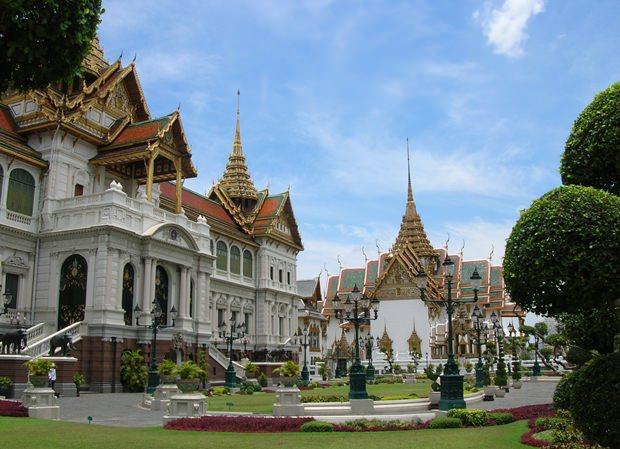 Bangkok, die Stadt der Engel und Tempel. (Fotos: Wikipedia)