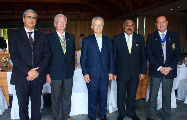 Beim Rotariertreff: (von links) Konsul Pierre Blondel, Marina Präsident Gerard Porcon, Botschafter Thierry Viteau,  Peter Malhotra und Dr. Olivier Meyer.