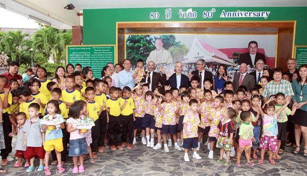 Besuch im Pattaya Orphanage.