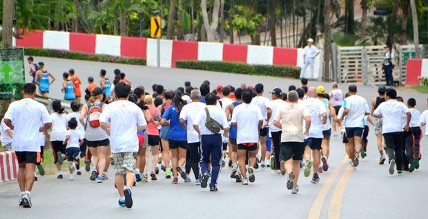 Die zum Teil starke Steigung macht den Läufern zu schaffen.