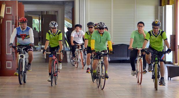 """Radfahren rettet Leben"" im Dusit Thani."
