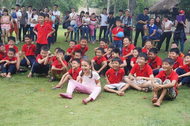 Der Erlebnistag der Waisenkinder in Saigon.