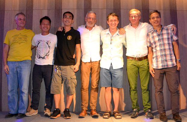 Das Organisationskomitee mit Huey Huy, Stefan Arenz, Tanaisawan Buaraphet, Peter  Heeremans, Noom Dhamrongsak, Hein Jan Lapidaire, Uthai Makapim und Noom Dhamrongsak.