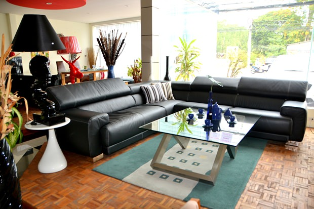 m bel vom feinsten werden im decorum angeboten pattaya blatt. Black Bedroom Furniture Sets. Home Design Ideas