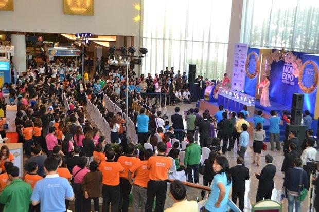 Der Unterhaltungsteil der Money Expo Pattaya 2015.