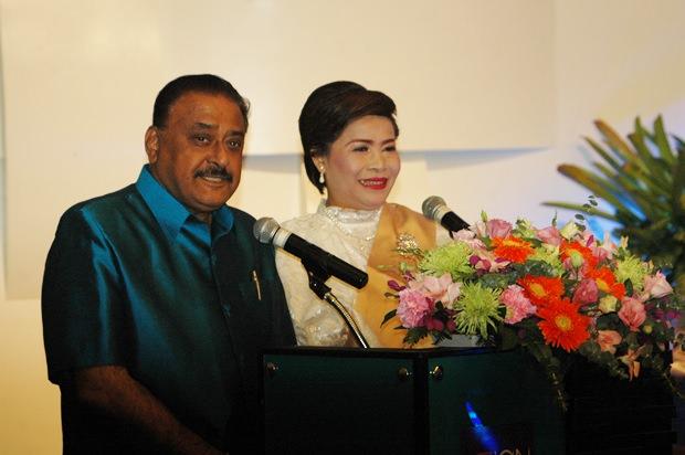 Peter Malhotra, der geschäftsführende Direktor der Pattaya Mail Media Gruppe war der Zeremonienmeister in Englisch und Thai.