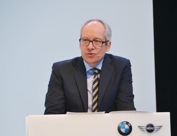 Dr. Marc Sielemann, der Leiter der BMW Motorrad Produktion.