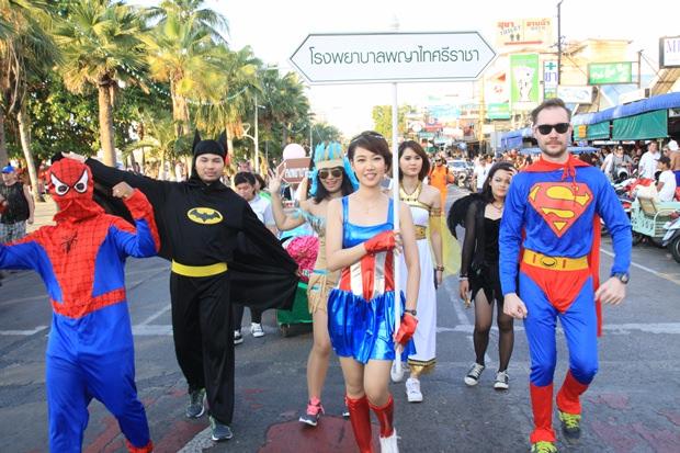 Die Rennläufer als Super-Hero's.