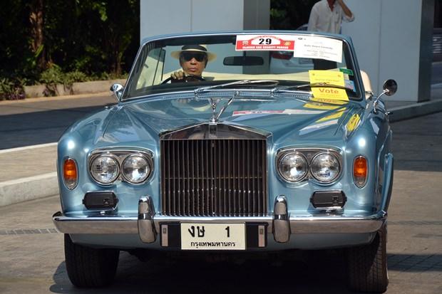 RR Corniche Cabrio 1974 – das Auto für Gentlemen