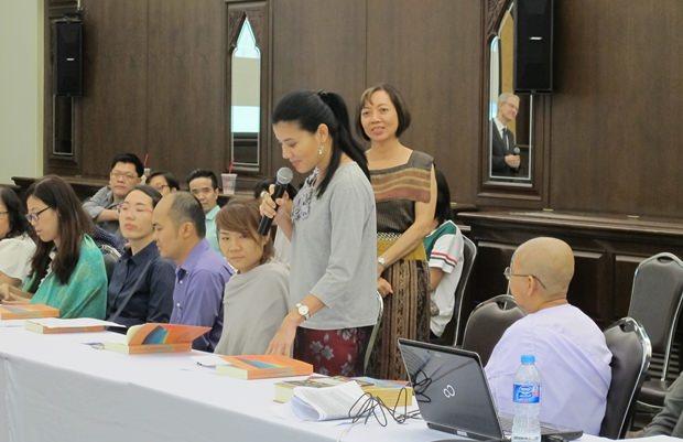 Dr. Duantem bei ihrer Rede.