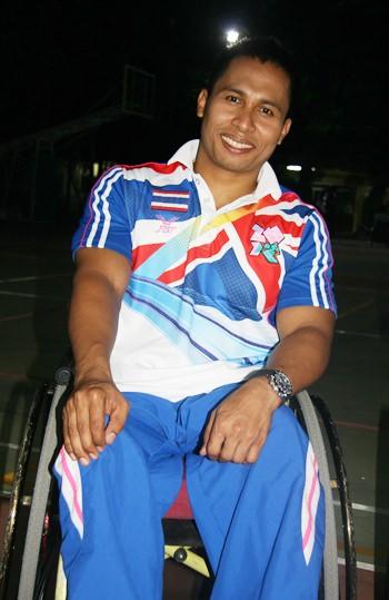 Narong Kasanun, der Gewichtheber.