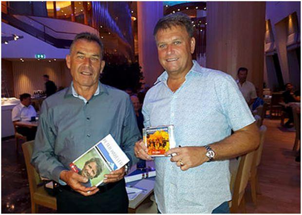 TAS Präsident Gottfried Auer (links) mit Hans Eller.