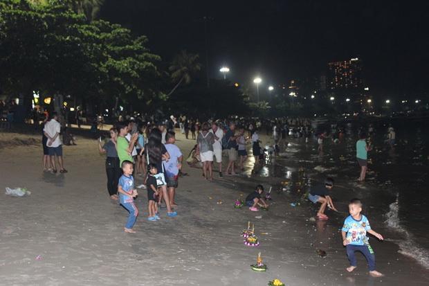 Der Pattaya Strand war halbleer in diesem Jahr.