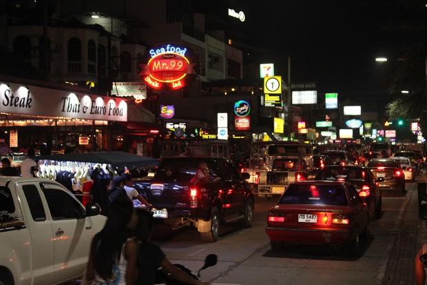 Auch die Verkehrssituation auf allen Straßen war ziemlich normal und es gab nicht wie üblich Verkehrstaus.