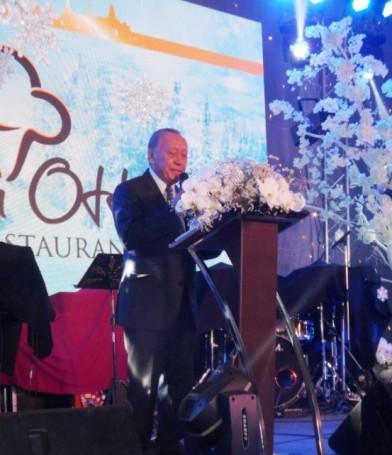 Dr. Chumpol Thiengtham bei seiner Rede.