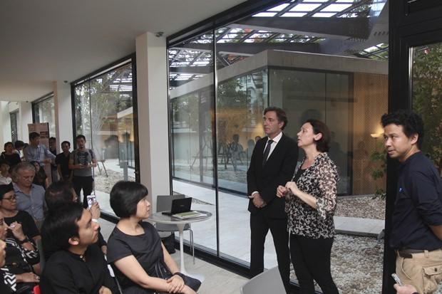 Architektin Marlies Breuss bei ihren Ausführungen.