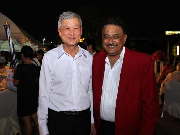 Vizebürgermeister Apichart Verapal und Peter Malhotra.