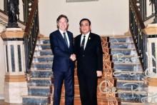 Österreichs Botschafter Mag. Enno Drofenik verabschiedet sich vor seiner Rückkehr am 13. August 2017 nach österreich von Ministerpräsident Prayuth Chan-ocha.