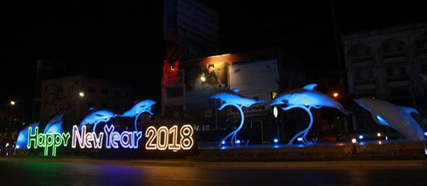 Alle Haupt- aber auch Nebenstraßen Pattayas sind weihnachtlich dekoriert.