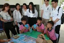 60 Studenten aus Thai und Singapur kamen ins Child Protection & Development Center, um die Arbeit die dort geleistet wird zu studieren und sich daran ein Beispiel zu nehmen.