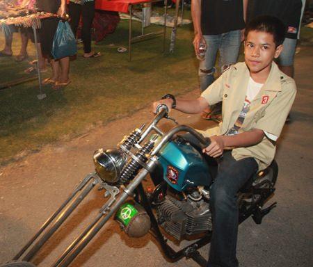 Viele verschiedene Motorräder waren zu sehen.