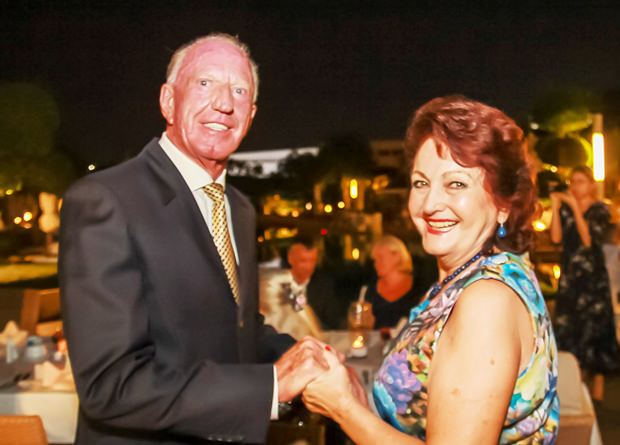 Gerrit Niehaus und Elfi Seitz freuen sich immer wieder wenn sie sich treffen.