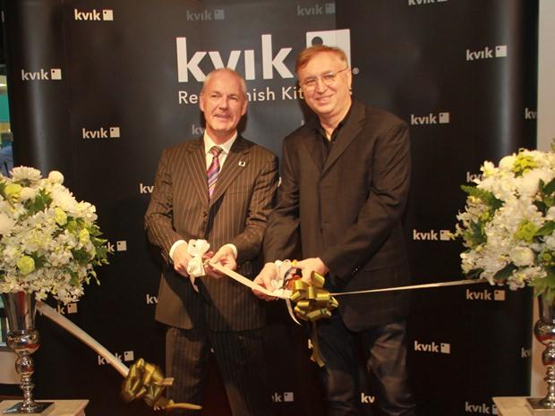 Iain Flitcroft und Jakek Paruch bei den Eröffnungsfeierlichkeiten.