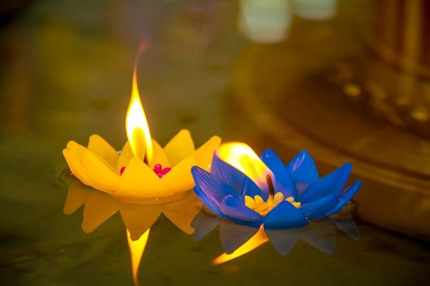 Kerzenlicht ist das Licht Buddhas.