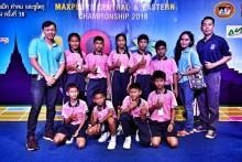 Diese beiden Kinder sind nun der ganze Stolz des ASEAN Lernzentrums.