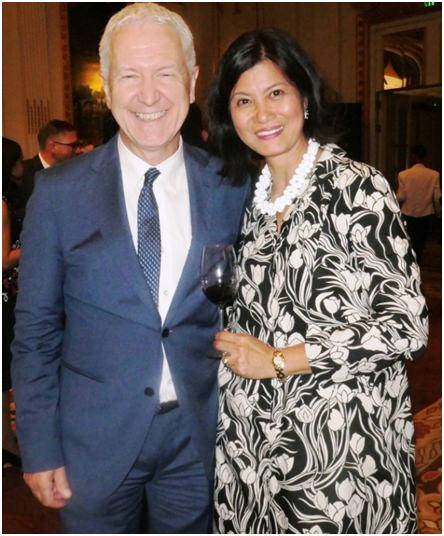 Das Schweizer Botschafter-Ehepaar.