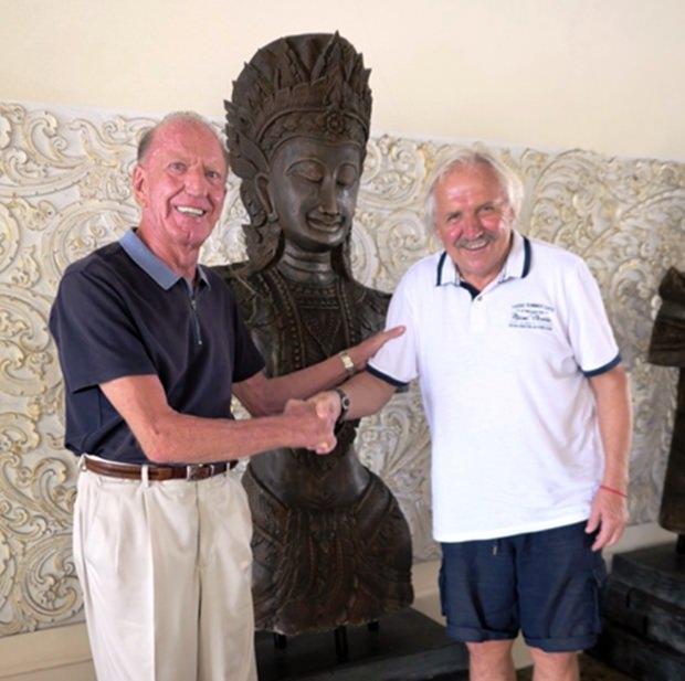 Mit Gerrit Niehaus (links) vom Thai Garden Resort verbindet Stepi eine langjährige Freundschaft.