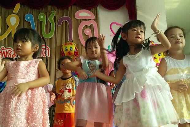 Vielleicht sind viele zukünftige Ärzte unter den Kindern im Bangkok Hospital Pattaya.