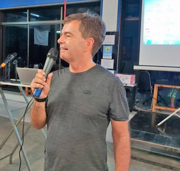 Pfarrer Carsten Körber bei seiner Ansprache