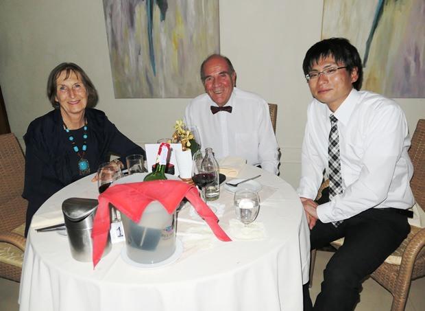 Das Ehepaar Margret und Otmar Detmar mit einem japanischen Rotary-Kollegen.