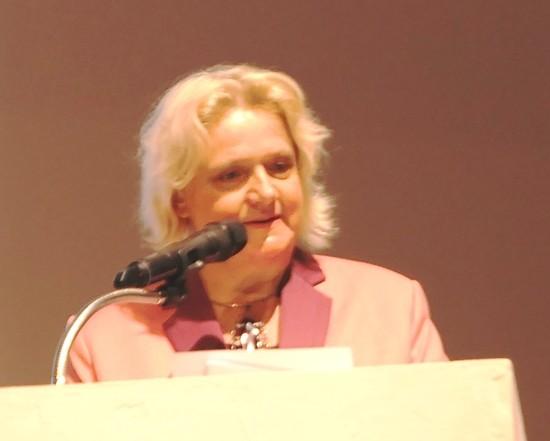 Die Botschafterin bei ihrer Rede.