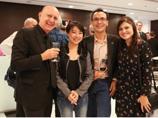 Peter Lampls mit Bordmitgliedern der TAS.
