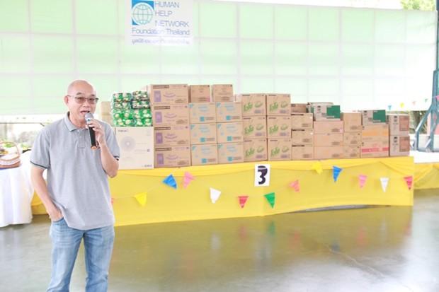 Wijit Taeprasert übergab die Spenden.