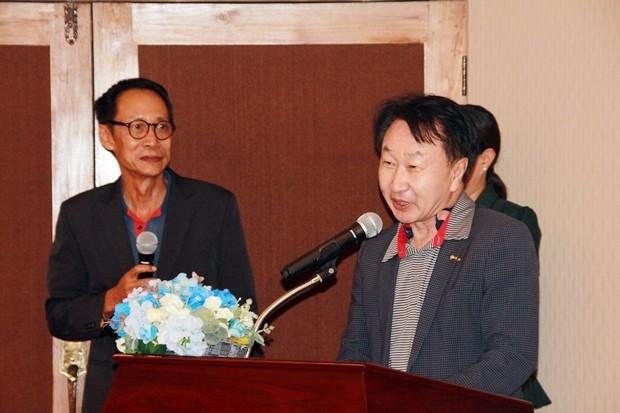 RC Jomtien Pattaya's Präsident Wuttikorn Kamolchote, Dr. Jay Chung vom RC Daegu-Dongshin aus Korea und RC Geochang Silbakree, ebenfalls aus Korea, halten ebenfalls Reden.
