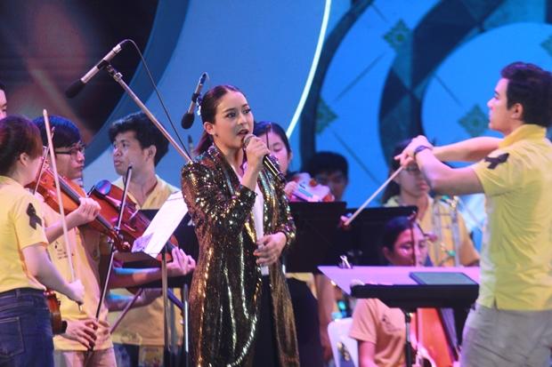Pan, der Lead-Sänger vom Vie Trio.