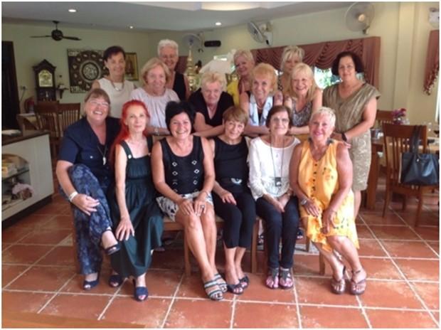 Endlich wieder einmal ein Gemeinschaftsfoto der Damen.