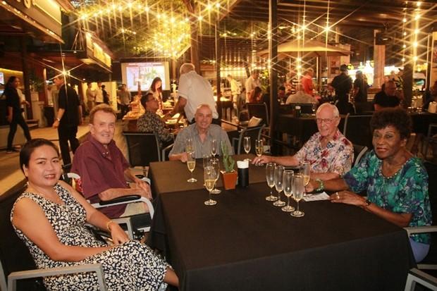 Viele Gäste nahmen an diesem Wein Event teil.