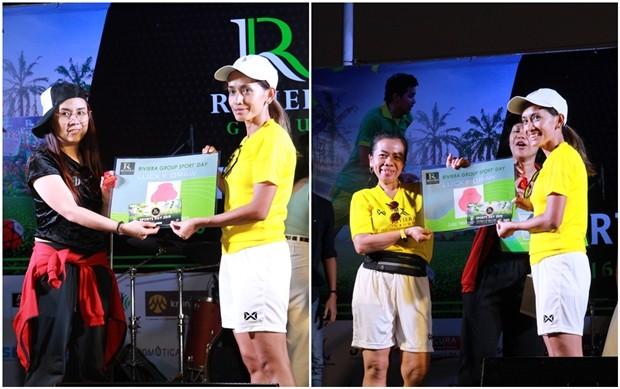 Sukanya Gale zieht die Namen der Gewinner der Preise.