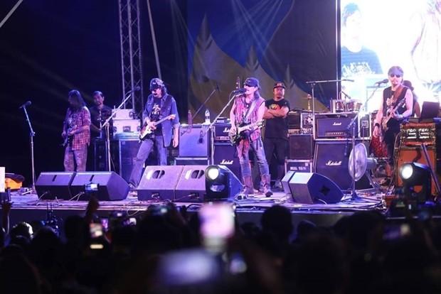 Immer eine Sensation: die Carabao Band.