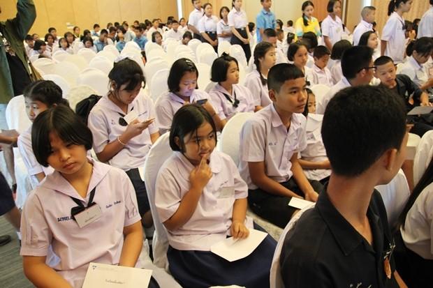 290 Schüler erhalten Stipendien.