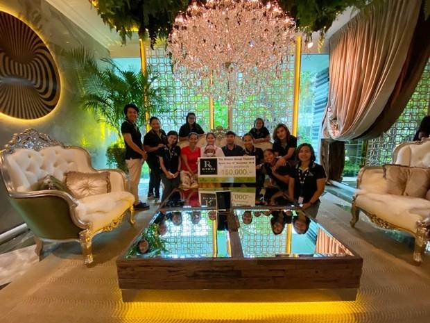 150.000 Baht erhält die Krebsabteilung für Kinder.