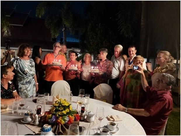 Die Doppelfeier, Geburtstag von Heido Glemeau und 15 Jahre Bestehen des RC Pattaya Marina, im Thai Garden Resort.