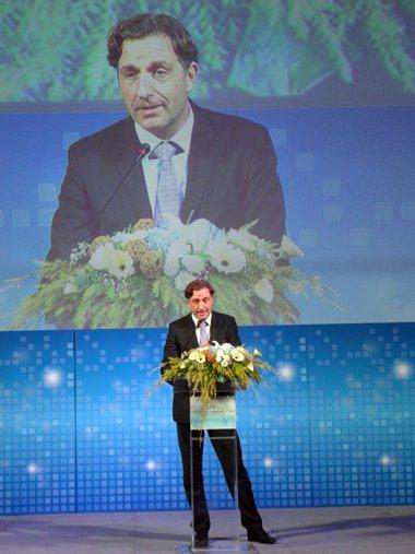 Botschafter Enno Drofenik bei seiner Ansprache.