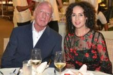 Jubilar Gerrit Niehaus mit seiner schönen Gattin Anselma.