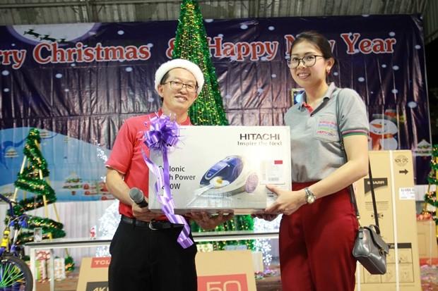 Nooch von Pattaya Mail gewann einen Staubsauger.
